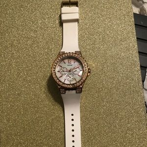 Guess gold watch - white rubber strap